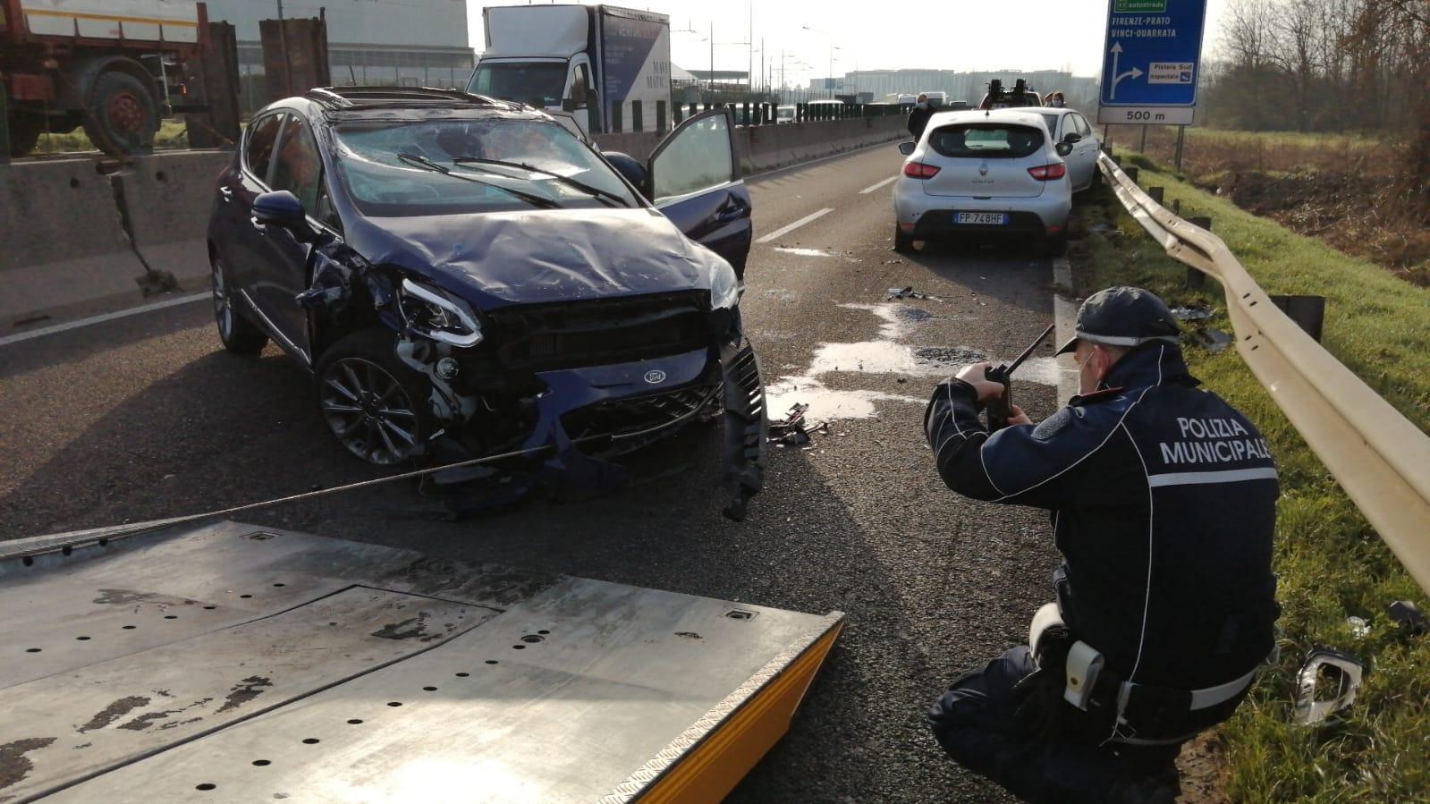 Incidente in tangenziale a Pistoia, traffico bloccato e lunghe code