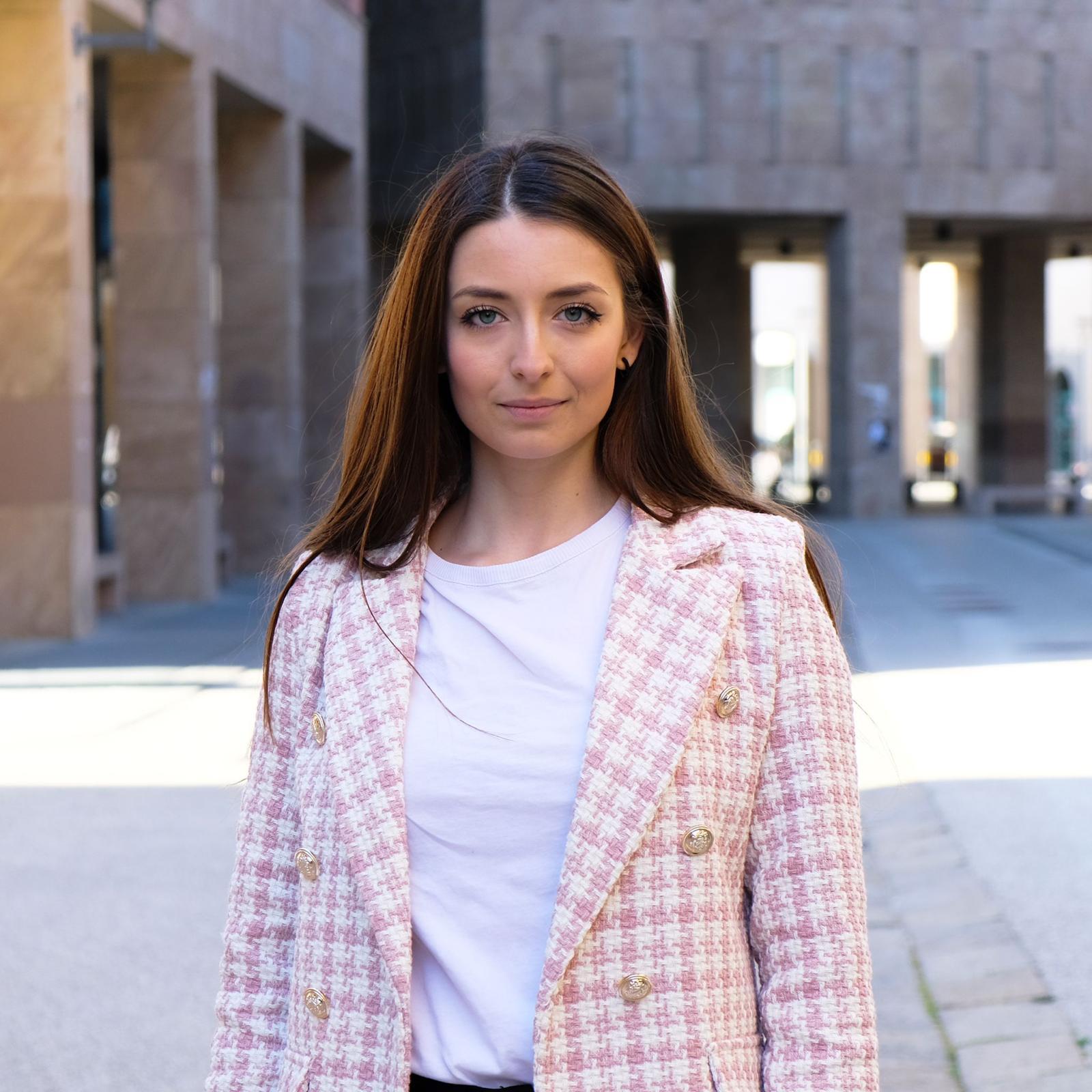Scuola, Università: prima senatrice accademica di Pistoia