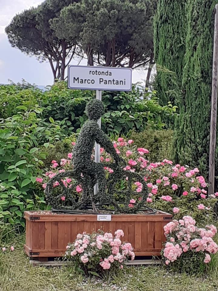 Nuova vita per l'omaggio a Pantani